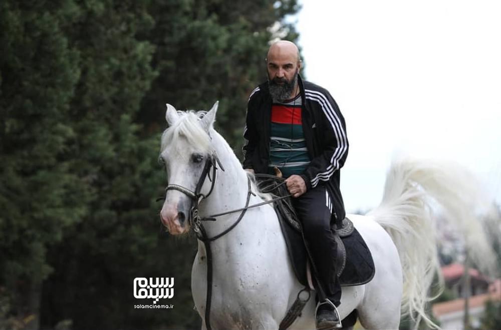 مهران مهام در پشت صحنه سریال «بوتیمار»