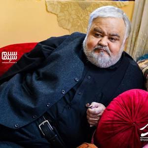 اکبر عبدی در سریال «روزهای آبی»
