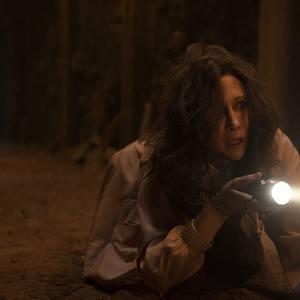 ویرا فارمیگا در فیلم «احضار روح 3: شیطان مرا وادار کرد» (The Conjuring: The Devil Made Me Do It)