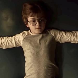 جولیان هیلیارد در فیلم «احضار روح 3: شیطان مرا وادار کرد» (The Conjuring: The Devil Made Me Do It)