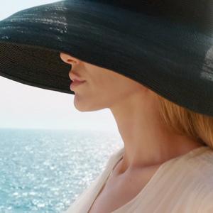 فیلم «کنار دریا» با بازی آنجلینا جولی