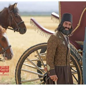 هادی کاظمی در سریال «قبله عالم»