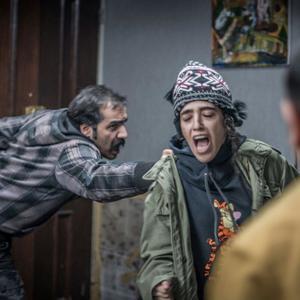 سجاد افشاریان و فائزه علوی در فیلم «مفت آباد»