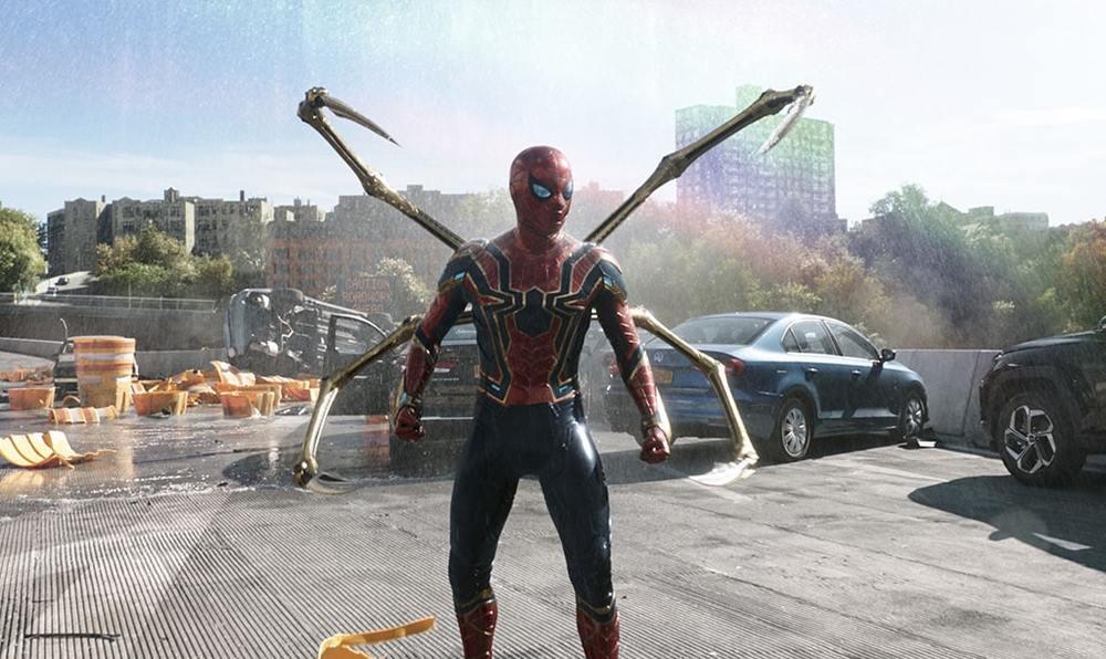 تام هالند در «مرد عنکبوتی: راهی به خانه نیست» (Spider-Man: No Way Home)