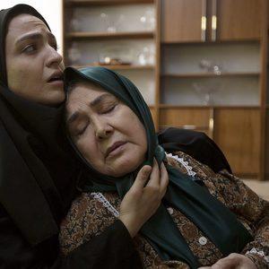 گلاره عباسی و آفرین عبیسی در فیلم «24 سپتامبر»