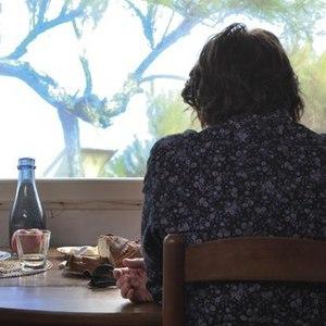 ماریون کوتیار و شارلوت گنزبور در فیلم «ارواح اسماعیل»(ismael ghosts)