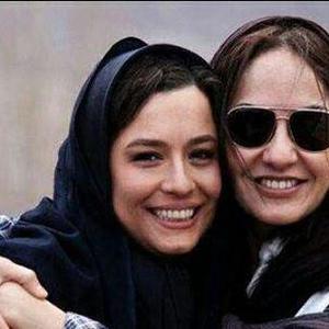 مهناز افشار و مهراوه شریفی نیا در پشت صحنه فیلم یک عاشقانه ساده