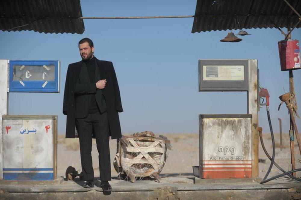 پژمان بازغی در فیلم «بی سایه (یک کامیون غروب)»
