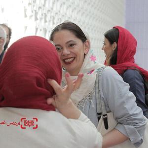 مستانه مهاجر در اکران فیلم «بی سایه (یک کامیون غروب)» در جشنواره بین المللی فیلم فجر