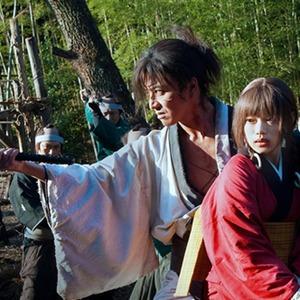 تاکویا کیمورا و هانا سوگیساکی در فیلم «تیغه جاودانه»(Blade of the Immortal)