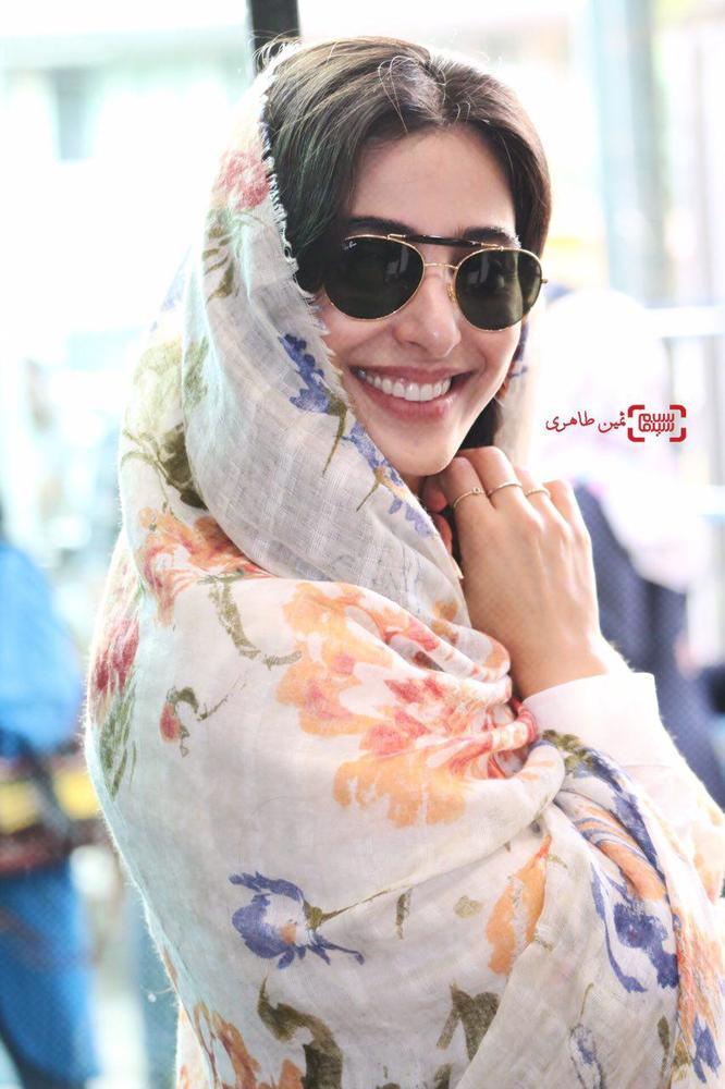 آناهیتا افشار در اکران مردمی فیلم «ویلایی ها» در سینما استقلال