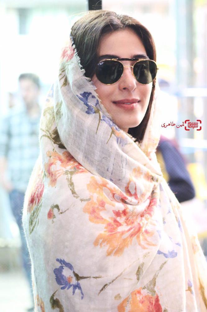 آناهیتا افشار در اکران فیلم «ویلایی ها» در سینما استقلال