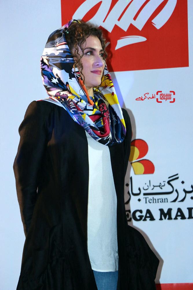 ویشکا آسایش در اکران مردمی «نهنگ عنبر2; سلکشن رویا» در سینما مگامال