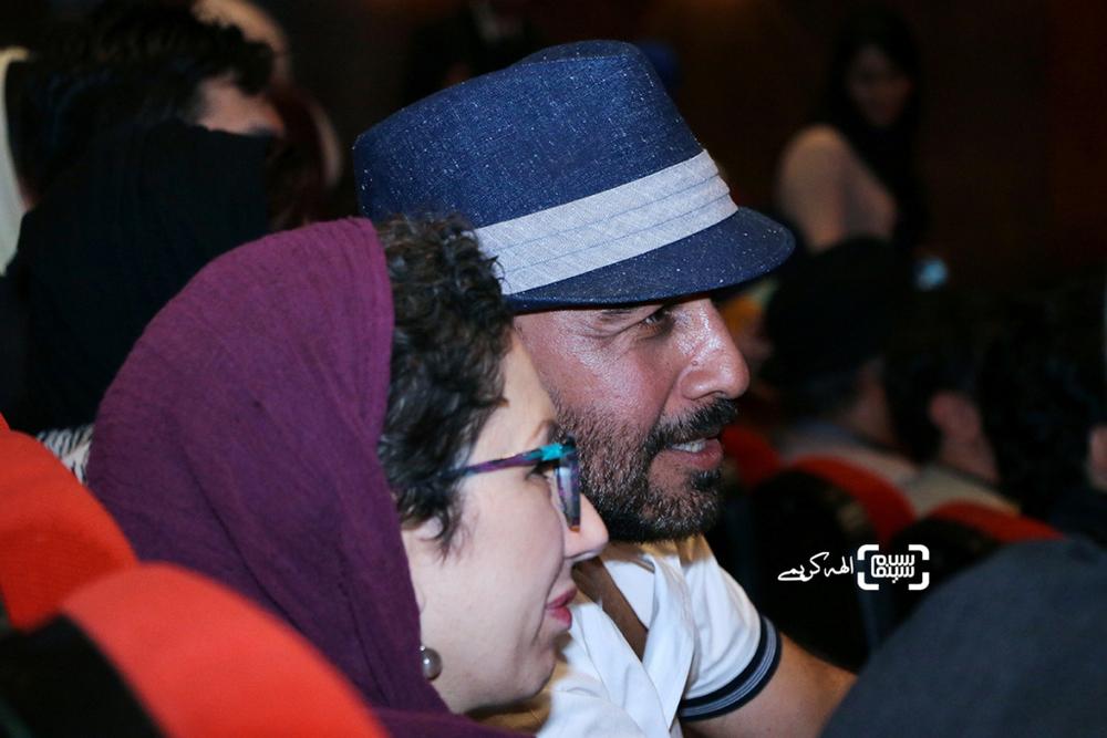 رضا عطاران و همسرش فریده فرامرزی در اکران مردمی فیلم «نهنگ عنبر2; سلکشن رویا» در سینما مگامال