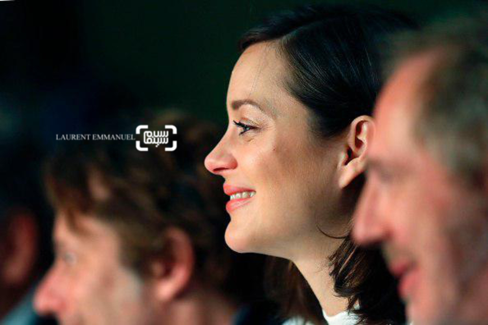 ماریون کوتیار در نشست خبری فیلم «ارواح اسماعیل»(ismael ghosts) در جشنواره فیلم کن2017