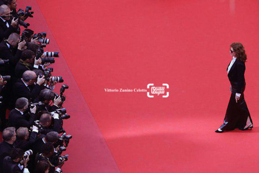 سوزان ساراندون در فرش قرمز فیلم «بی عشق»(Loveless) در جشنوار کن2017