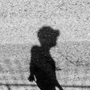 نمایی از فیلم کوتاه «سایه ها هر کجا بخواهند می روندم