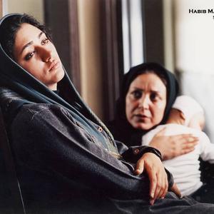 گلشیفته فراهانی و شراره دولت آبادی در فیلم «میم مثل مادر»