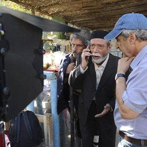 علی نصیریان و مسعود جعفری جوزانی در پشت صحنه فیلم ایران برگر