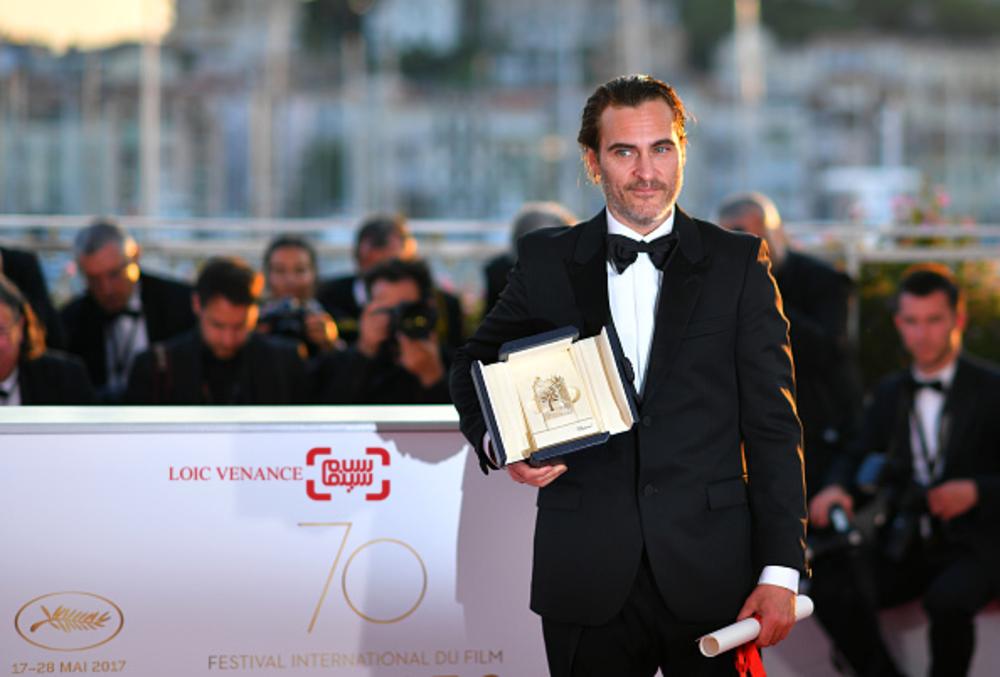 واکین فینیکس برنده جایزه بهترین بازیگر مرد برای فیلم «تو هرگز واقعا اینجا نبودی» در جشنواره کن 2017