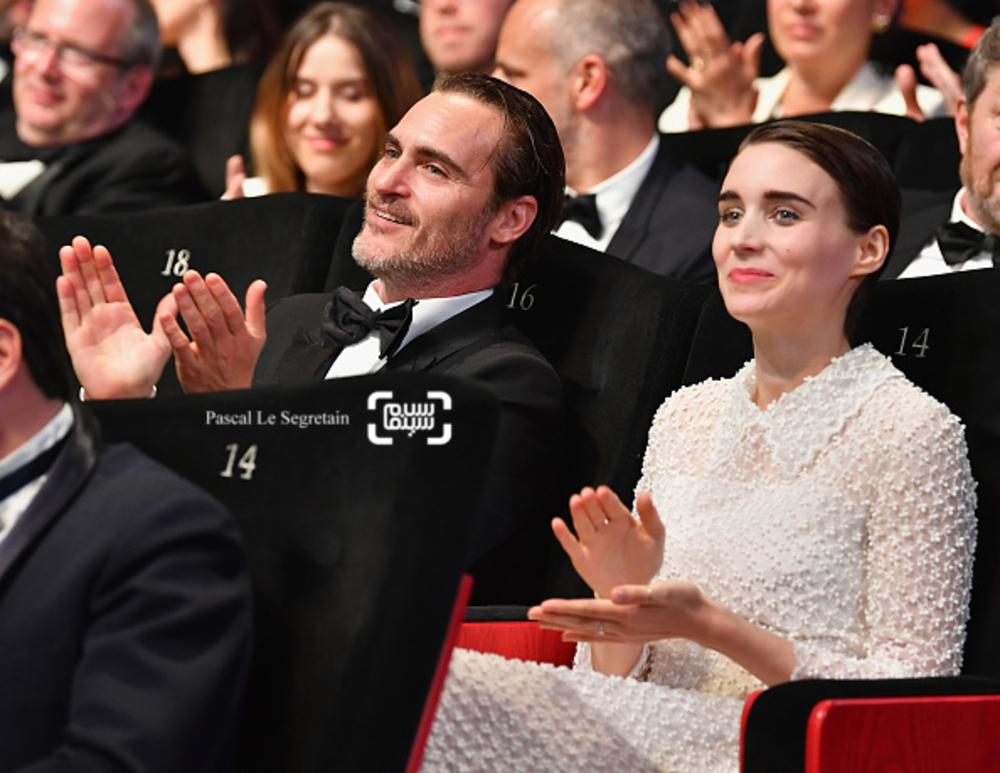واکین فینیکس و رونی مارا در اختتامیه جشنواره فیلم کن 2017