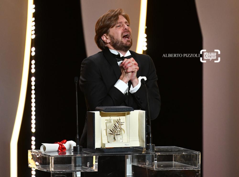 روبن اوستلوند برنده جایزه نخل طلا برای فیلم «مربع»(The Square) در جشنواره کن 2017