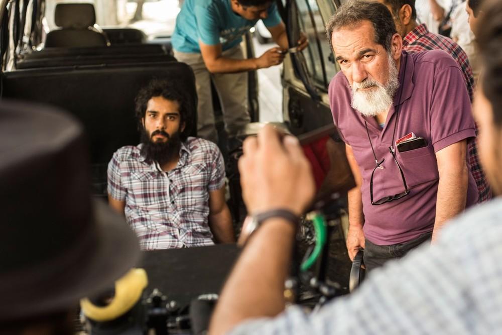 سعید سهیلی و پسرش ساعد سهیلی در پشت صحنه فیلم «گشت 2»