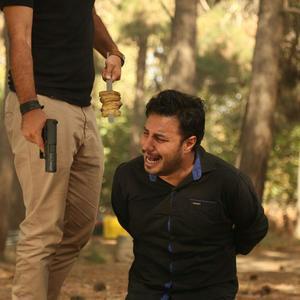 جواد عزتی در فیلم «هفت معکوس»