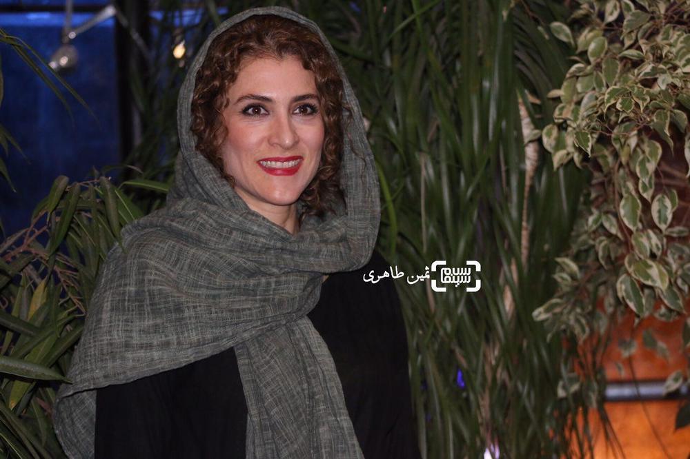ویشکا آسایش در اکران مردمی فیلم «ویلایی ها» در سینما آزادی