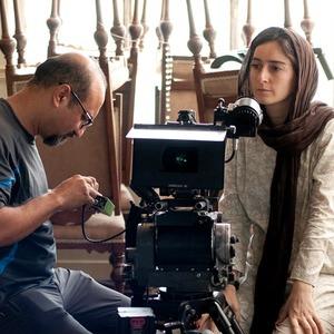 سهیلا گلستانی در پشت صحنه «دو» اولین ساخته اش