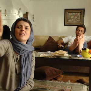 بهرام رادان و لیلا حاتمی در فیلم سینمایی «بی پولی»