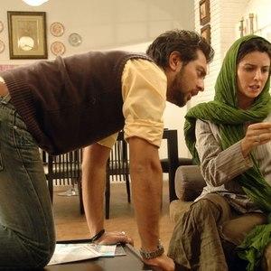 بهرام رادان و لیلا حاتمی در نمایی از فیلم «بی پولی»