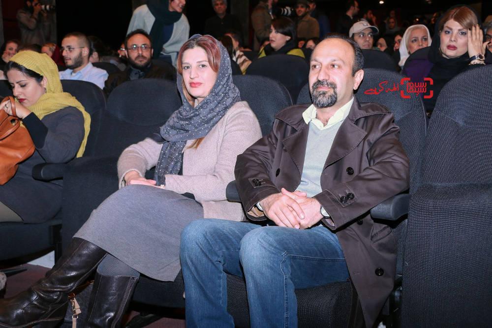 اصغر فرهادی و همسرش پریسا بخت آور در اکران خصوصی فیلم «خانهای در خیابان چهل و یکم»