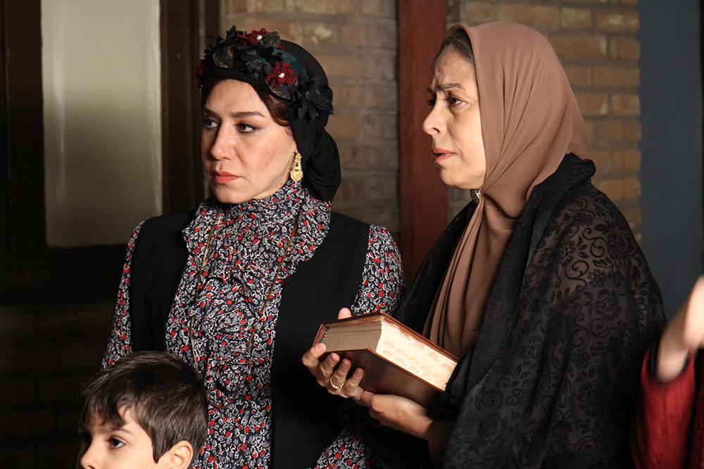 سهیلا رضوی و نسیم ادبی در نمایی از قسمت اول فصل دوم «شهرزاد»