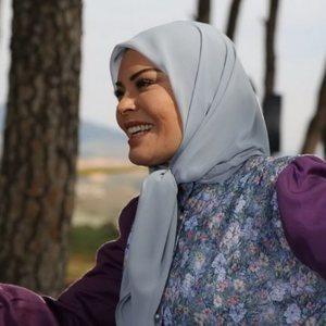 کارمن لبس در فیلم ابوزینب