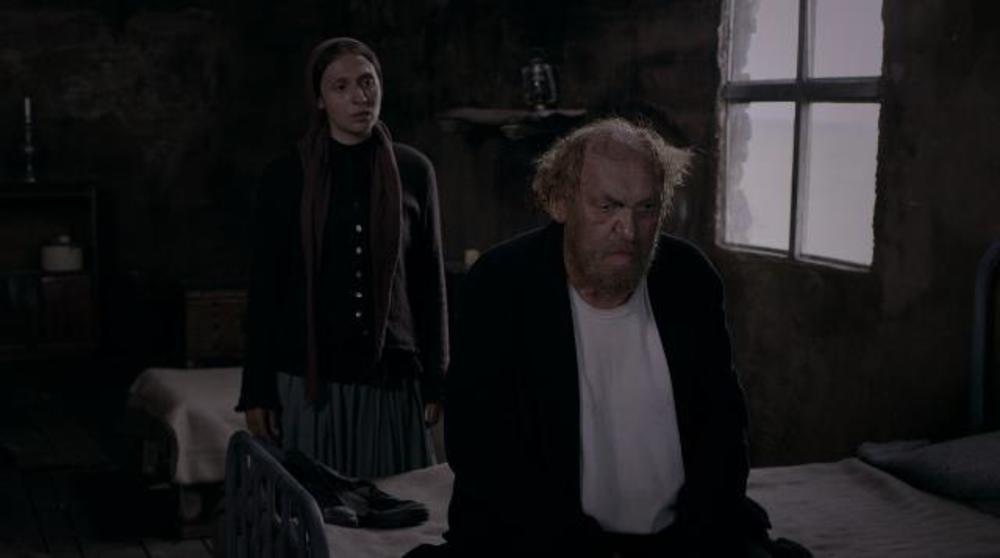 ملیسا ذاکری و محمود نظرعلیان در فیلم مردی که اسب شد