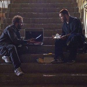 رضا عطاران و جواد عزتی در فیلم «هزارپا»