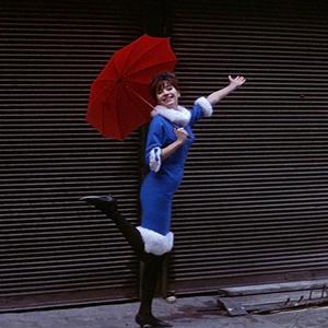 آنا کارینا در فیلم «زن، زن است»(A Woman Is a Woman)