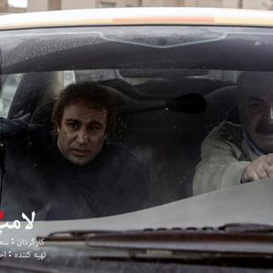 محسن تنابنده و حمید لولایی در فیلم لامپ 100