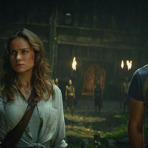تام هیدلستون و بری لارسون در فیلم «کونگ: جزیره جمجمه»(Kong: Skull Island)