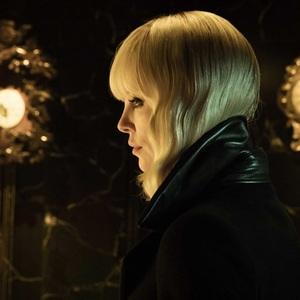 فیلم «بلوند اتمی»(Atomic Blonde) با بازی شارلیز ترون