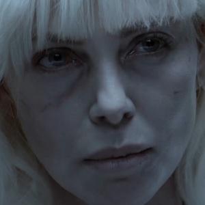 نمایی از فیلم «بلوند اتمی»(Atomic Blonde) با بازی شارلیز ترون