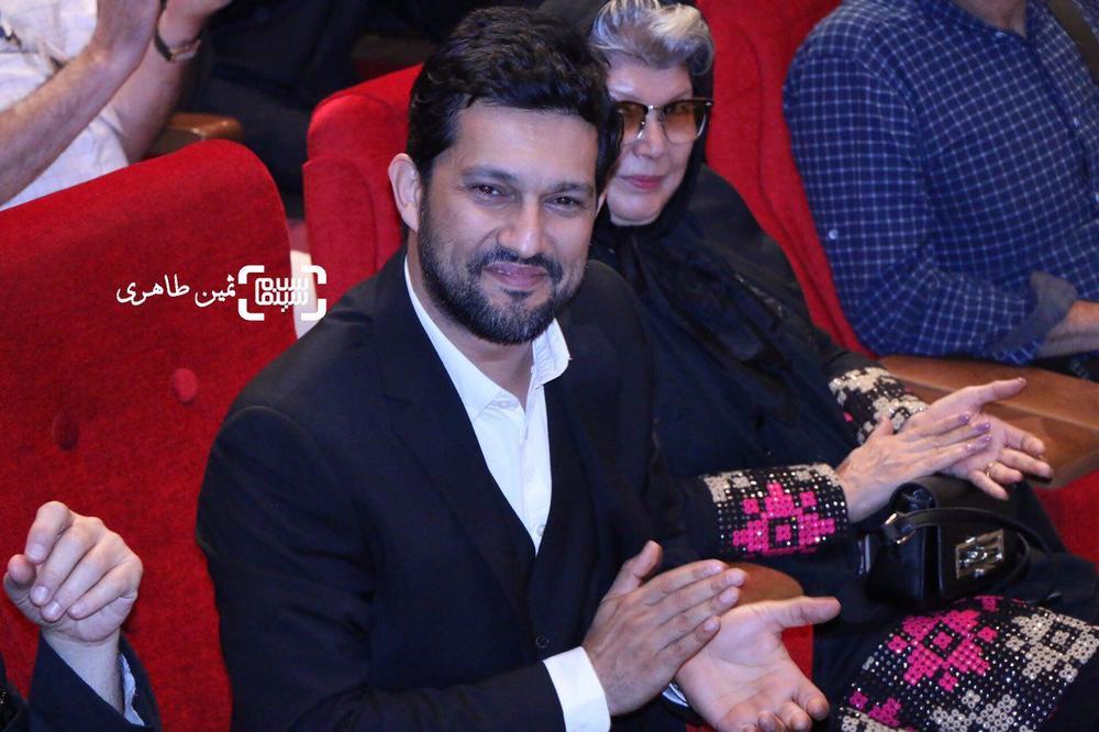 حامد بهداد برنده بهترین بازیگر مرد برای «سد معبر» در یازدهمین جشن انجمن منتقدان و نویسندگان سینمای ایران