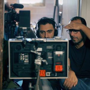 اشکان اشکانی و پویا بادکوبه در پشت صحنه فیلم «درساژ»