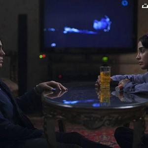 آزاده زارعی و الهه حصاری در فیلم «هایلایت»