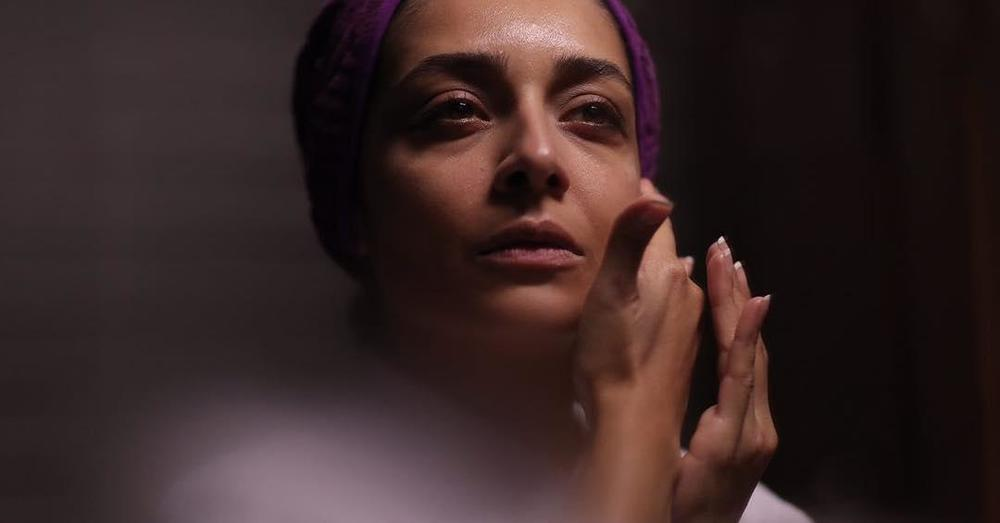 ساره بیات در فیلم «اتاق تاریک»