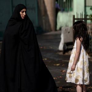 فاطمه معتمدآریا در نمایی از فیلم «پریناز»