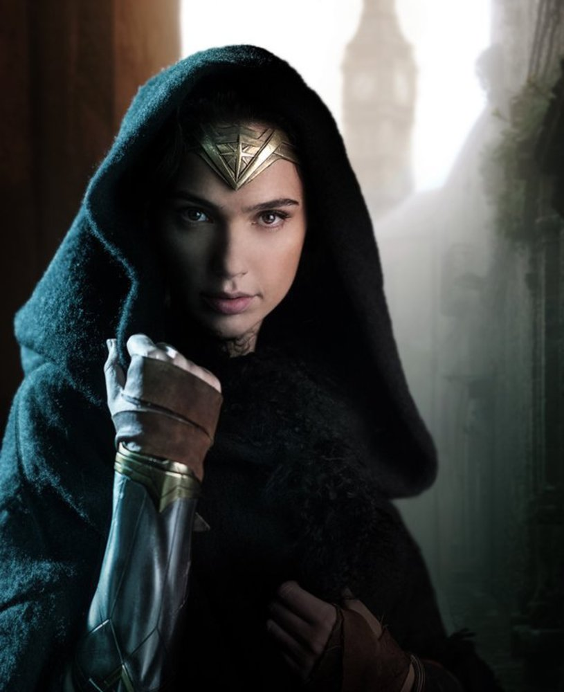 گل گدوت در فیلم «زن شگفت انگیز»