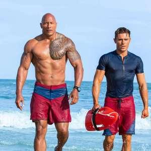 دواین جانسون و زاک افران در فیلم «گارد ساحلی»(Baywatch)