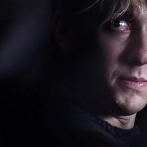 نات وولف در نمایی از فیلم «دفترچه مرگ»